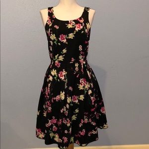 Express X Shape Floral Dress Back Cut Out